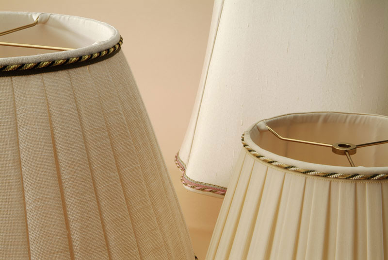 Blanche Field S Hand Sewn Silk And Linen Lamp Shades Have Been The Core Of Its Business For More Than 100 Years Combination Custom Sizing